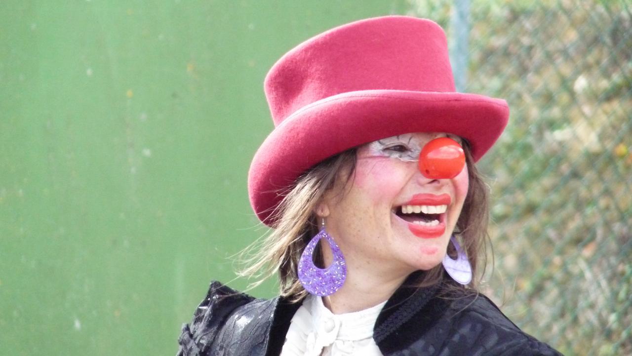Mme la clown des  Blue Pock
