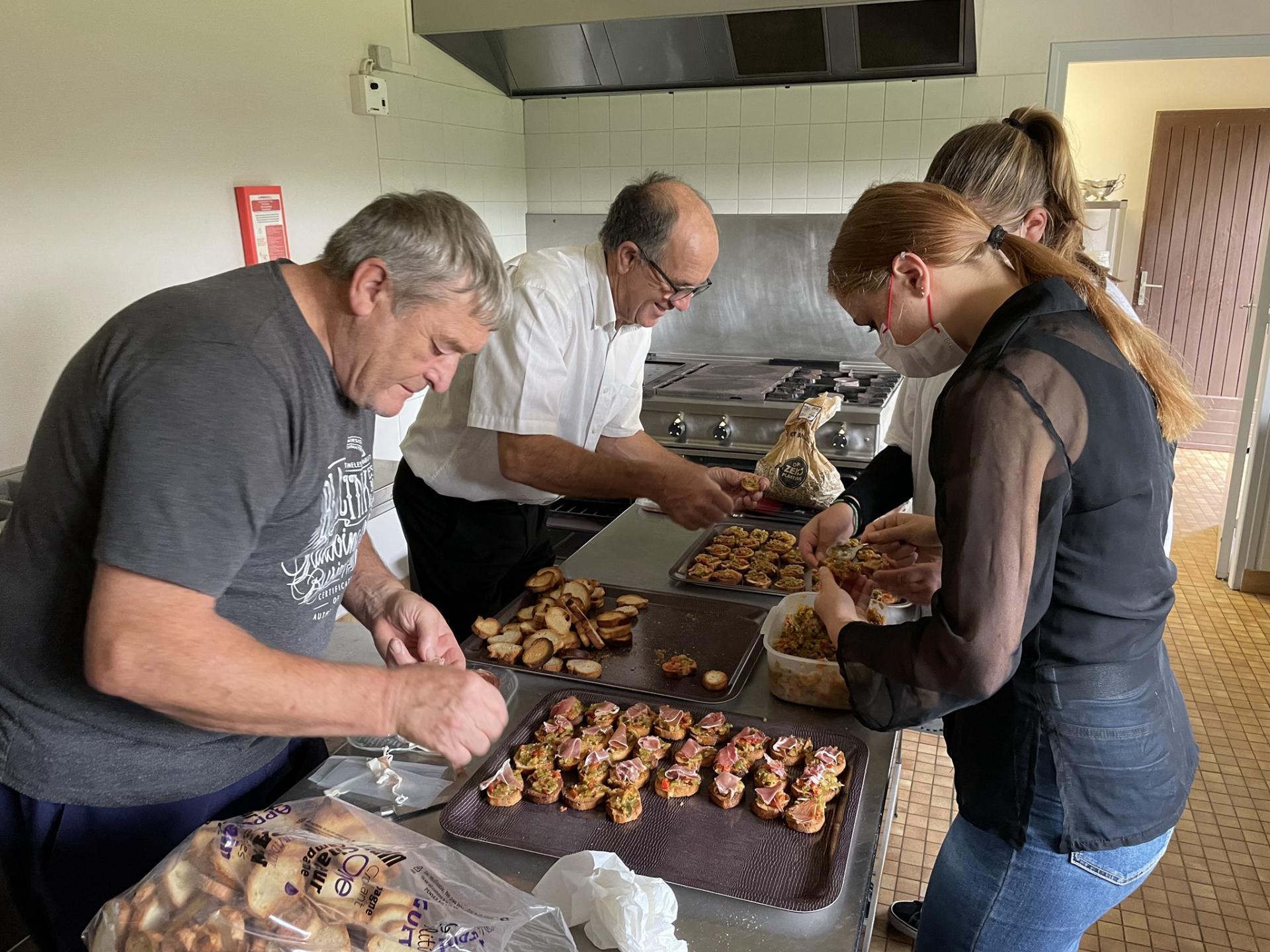 Preparation repas des aines2
